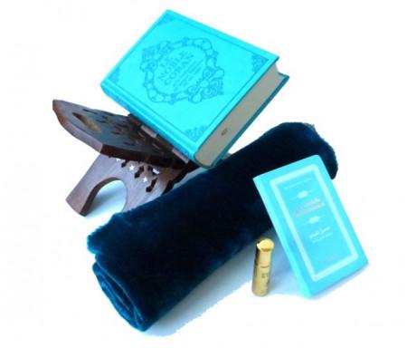 Pack cadeau bleu (mixte) : Le Noble Coran (bilingue français/arabe) + La Citadelle du Musulman + Porte Coran + Tapis de prière en velours + Parfum Musc d'Or Luxe (au choix)