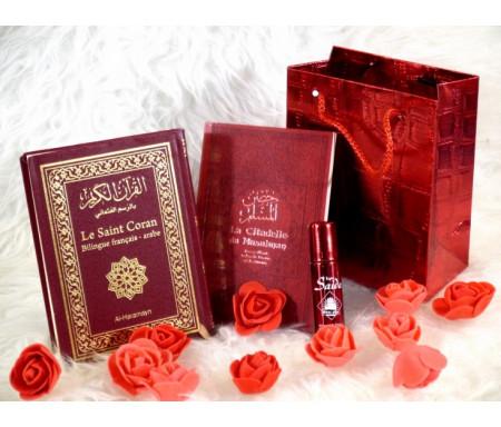 Pack cadeau de couleur bordeaux avec 2 livres : Le Saint Coran & La Citadelle du musulman (bilingues français/arabe) - Parfum deluxe & Sac