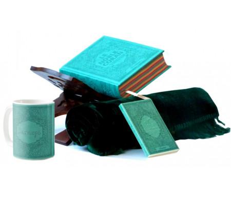 Coffret Cadeau Islam Vert-bleu pour Homme : Le Noble Coran Rainbow (Arc-en-ciel), Porte Coran, La Citadelle du Musulman,Tapis de prière et un mug personnalisé assorti