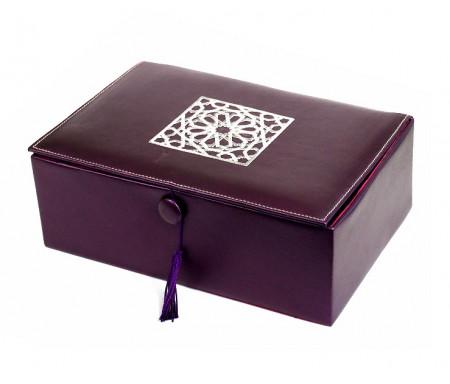 Coffret artisanal de luxe violet en cuir avec motifs rosace argenté brodés