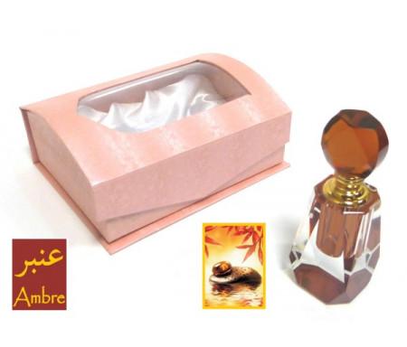 """Parfum concentré """"Ambre"""" de la marque Musc d'Or Paris en bouteille cristal"""