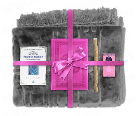 Coffret Pack Cadeau Gris pour Femme : Tapis épais molletonné Gris / Coran arabe-français avec phonétique couverture cuir Rose / Riyad Es-Salihine / Parfum et Miswak