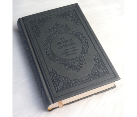 Le Noble Coran Bilingue (français / arabe) - Edition de luxe couverture cartonnée en daim couleur Grise (avec index des sourates)