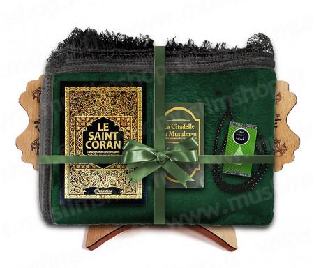 Coffret Pack Cadeau Mixte : Tapis épais molletonné Vert / Coran Arabe-français avec phonétique et couverture Rigide cuir / La Citadelle du Musulman / Parfum et Chapelet