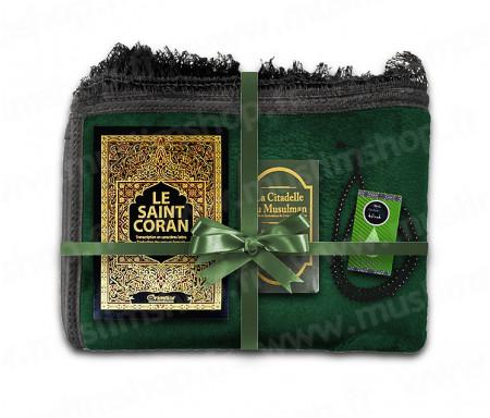 Coffret Pack Cadeau Mixte : Tapis épais molletonné Vert / Coran Arabe-français avec phonétique et couverture cuir / La Citadelle du Musulman / Parfum et Chapelet