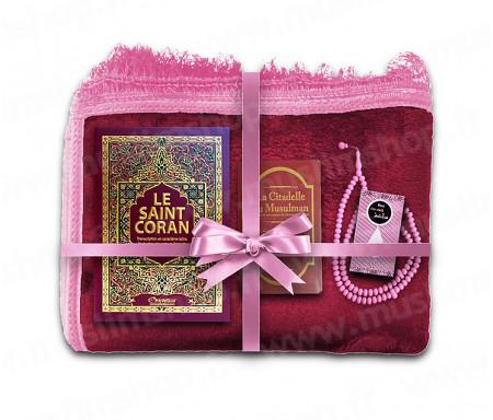 Coffret Pack Cadeau pour Femme : Tapis épais molletonné Grenat / Coran Arabe-français avec phonétique et couverture Rigide cuir / La Citadelle du Musulman / Parfum et Chapelet